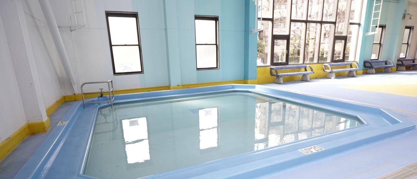 川崎市にある公営屋内プール『ヨネッティー堤根』