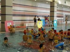 みんな笑顔でプール開放祭