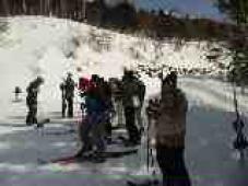 コーチたちもスキーの練習へ