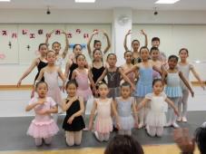 キッズバレエ春のおさらい会 開催