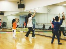 キッズ講師のご紹介〜キッズダンス MACHA先生編〜