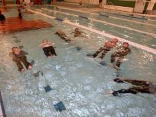 着衣泳を開催!