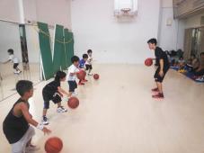 大阪エヴェッサの選手とバスケ!