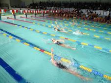 なみはやドームにてクラブ対抗水泳競技大会実施!