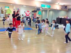 火曜バレエ クリスマス会!